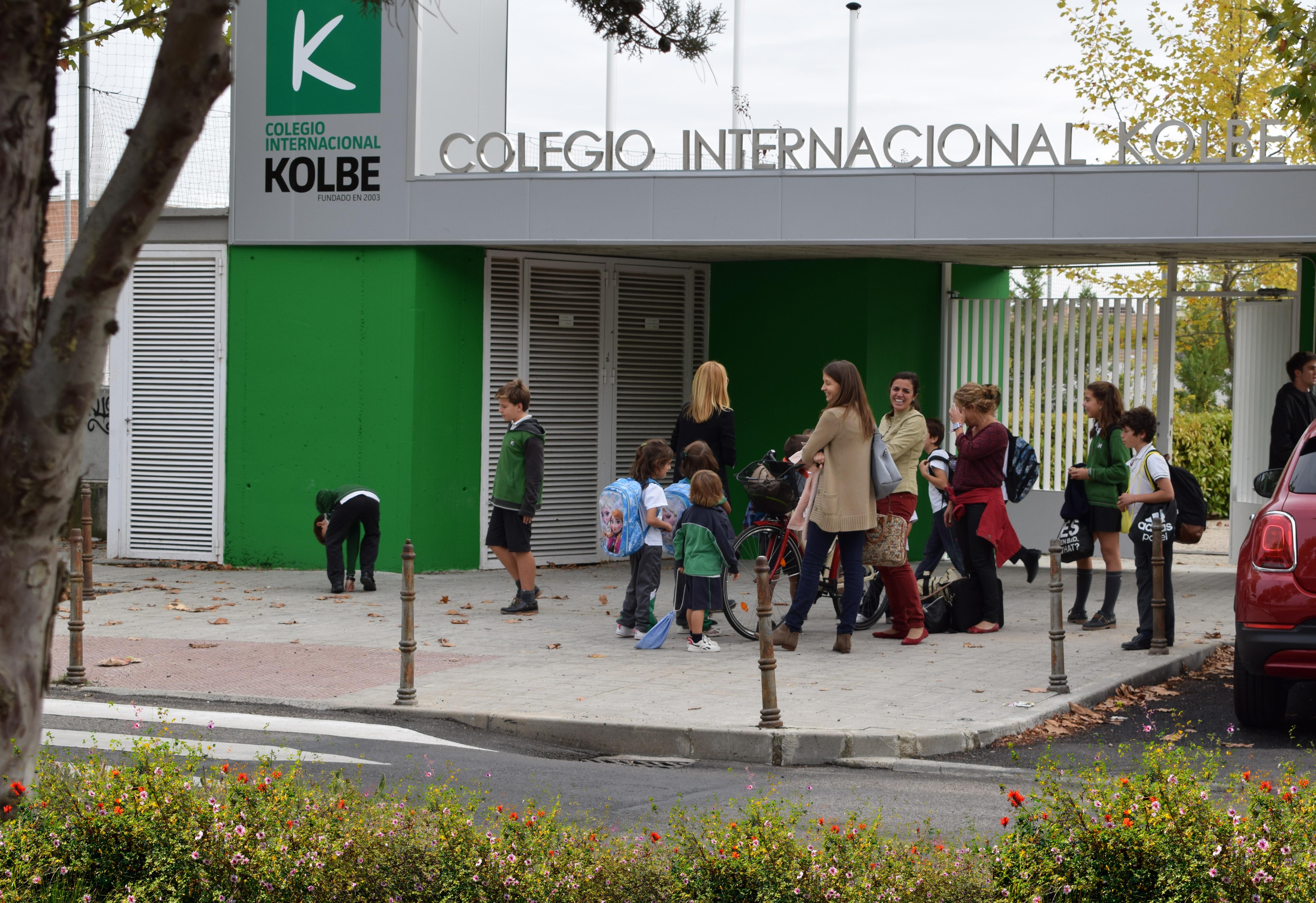 Puerta Principal del Centro