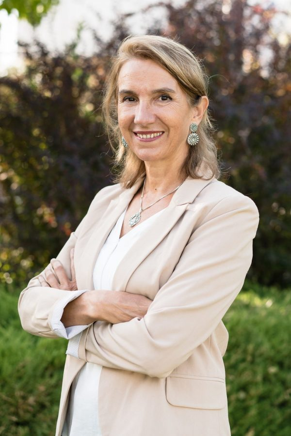 Clara Fontana, Directora Colegio Kolbe